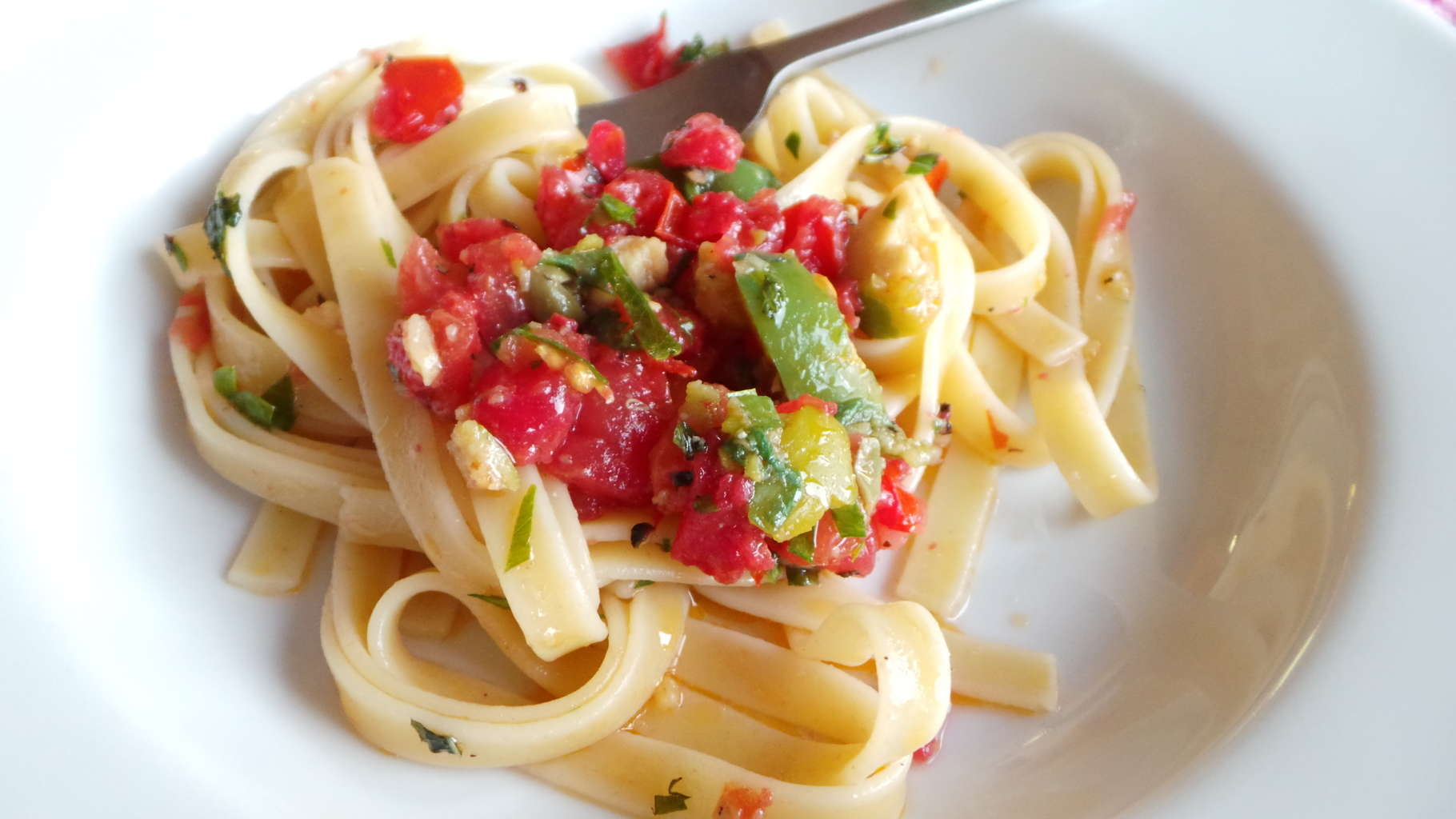 Fettuccine with Raw Sauce (CAWCOM) (3)