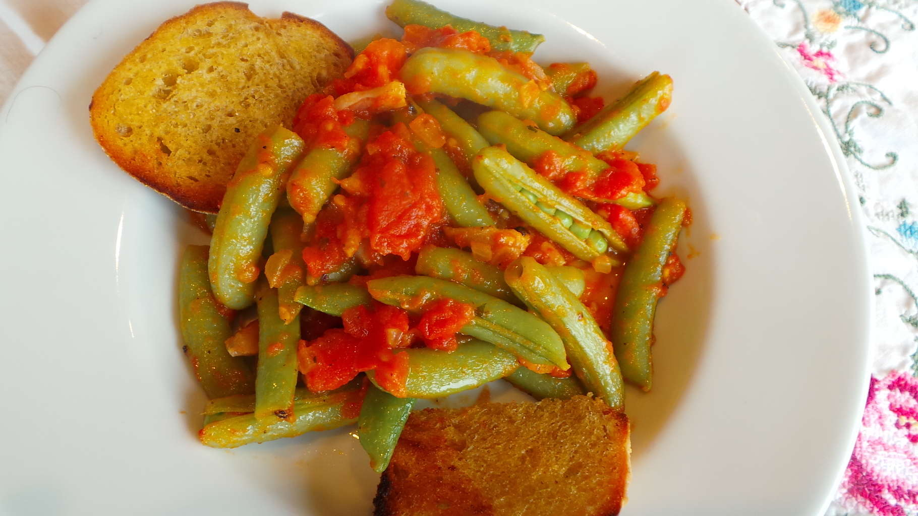 Snap Peas with Pancetta and Tomatoes (CAWCOM) (4)