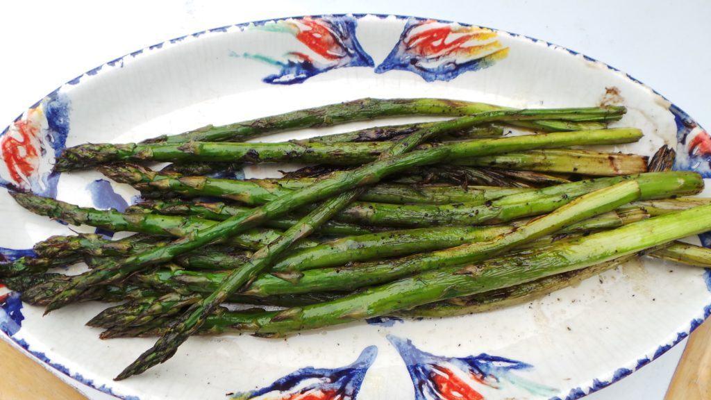 Esparragos a la Parilla (grill asparagus) (Andalusia)