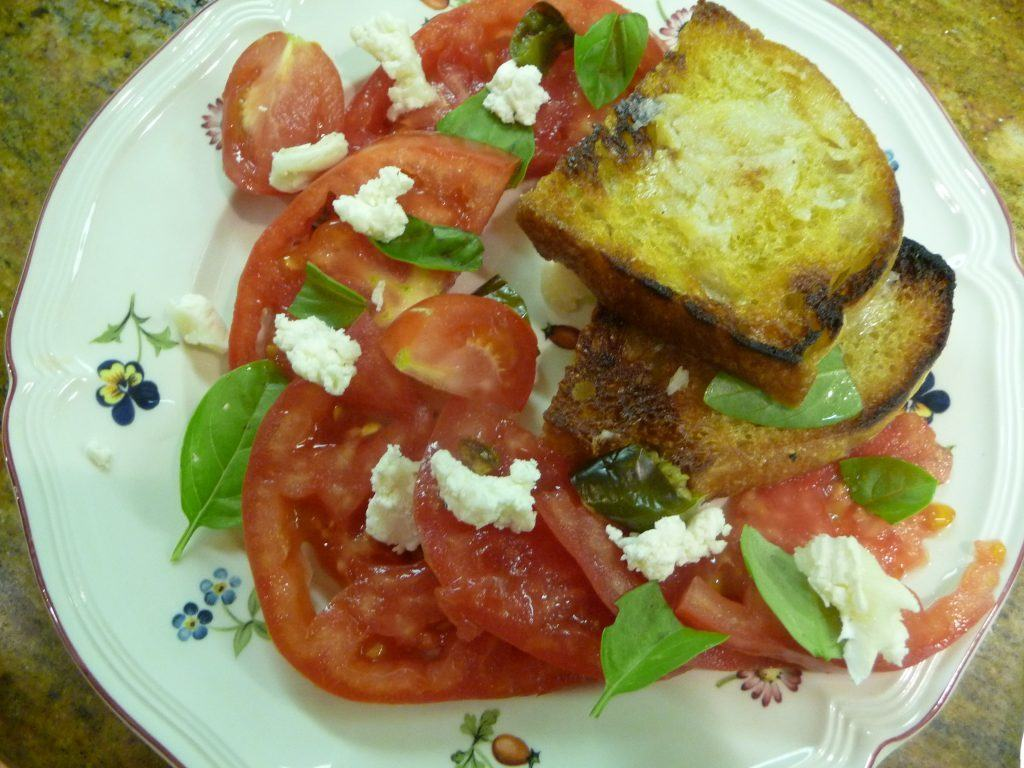 Tomato with Goat Cheese