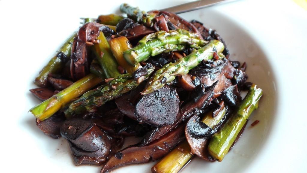 Asparagus with Portobello Mushrooms (CAWCOM) (1)