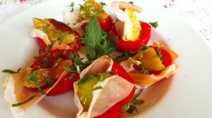 Tomato Stuffed with Fig, Prosciutto, and Mint (CAWCOM) (2)